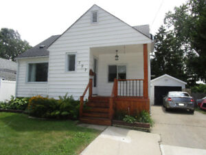 MOVE-IN READY, NORTH-END, 1.5 STOREY HOME W/ GARAGE, 50X195 LOT