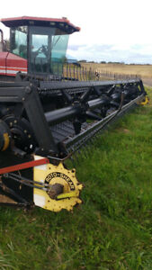 1999 Westward 9200 swather