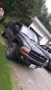 Dodge Dakota 4 door 4.7 4 door