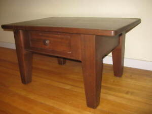 STURDY PINE END TABLE