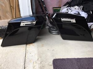 Vivid Black Extended Saddle Bags with Speakers and Fender Skirt