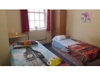 ++ Generous & Flexible Twin/Super Double Room in WATERLOO !!! ++