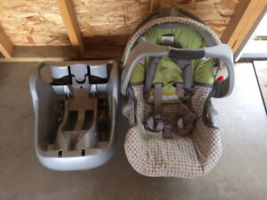 Graco Infant Carseat with Base