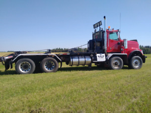 2004 IH  5900i Texas Bed 30to  Winch Truck