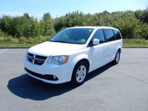 2016 Dodge GRAND CARAVAN Crew Plus! JUST ARRIVED! LOW KM!!!