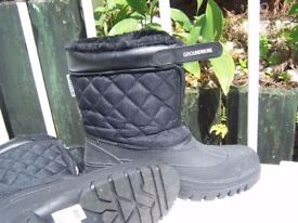 Snow boots GROUNDWORK brand size 8UK