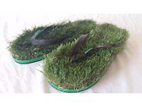FUNKY GRASS FLIP FLOPS! KUSA ORIGINALS FROM AUSTRALIA! SIZE 42/43 UK 8/9