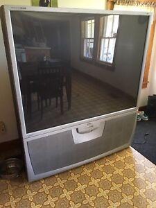 62 inch tv