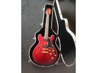 Freshman FA335RD Guitar