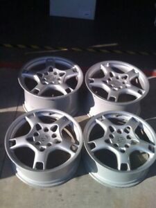 OEM Porsche 911/997 and 996 Carrera S Lobster Claw Style Wheels