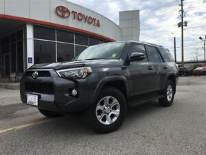 2016 Toyota 4Runner SR5 UPGRADE 7 PASSENGER, NAV, LEATHER, MOONR