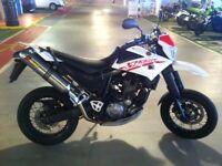 Yamaha xt660x 2008- MOT till June 2018-New tires-Clothes-Helmets-Akrapovi