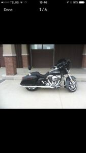 2014 Harley Davidson Street Glide Special - Mint Condition