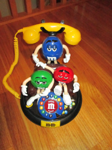 Vintage M&M push button animated Telephone