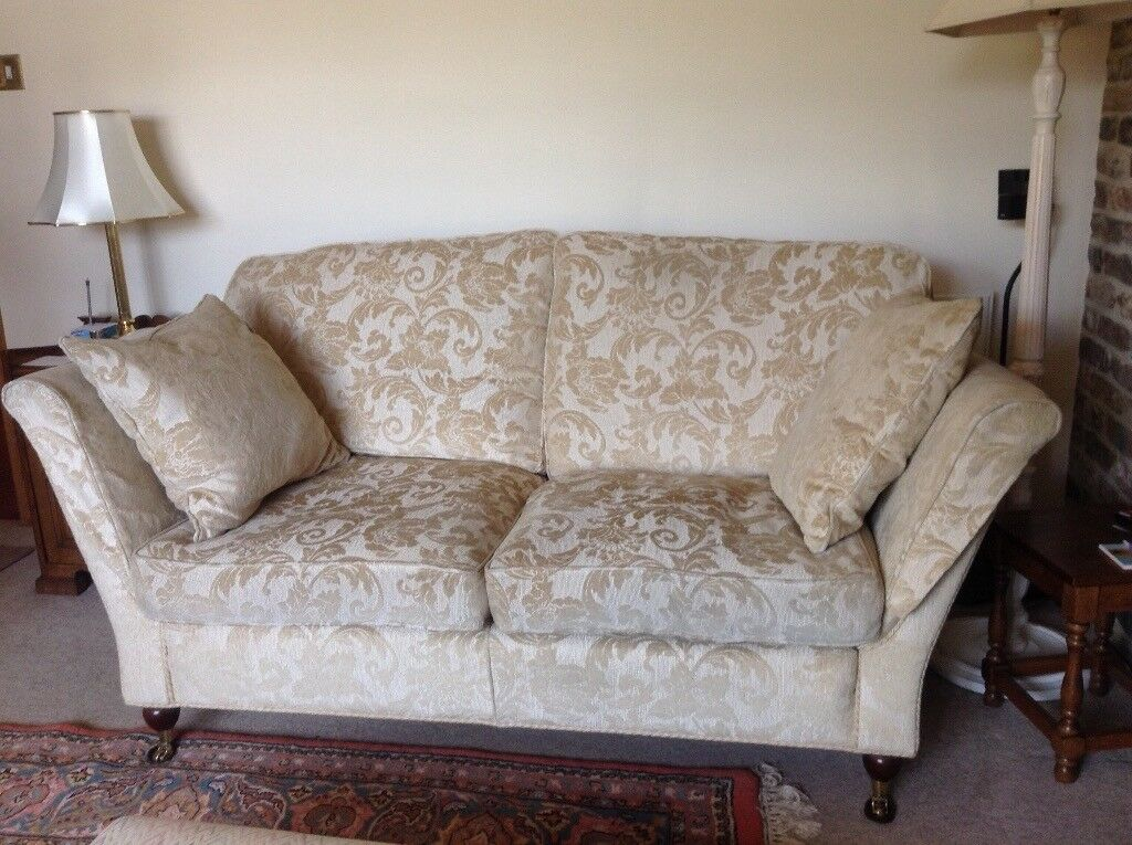 Duresta Sofa Cream And Gold Embossed Fabric Regency