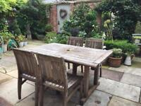 Extendable Hardwood Garden Table & 4 Chairs
