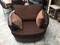 Swivel love chair. ( new )