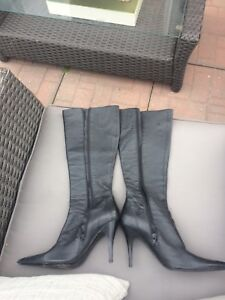 Size 38 leather Aldo boots