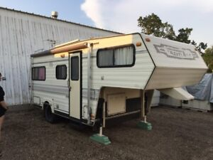 TravelAire Travel Trailer - 20' light weight