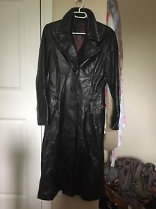 3 quarter Danier leather jacket