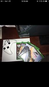 Xbox One S with games