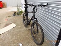 ALPH TREK 3900 MOUNTAIN BIKE