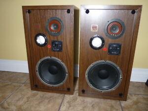 haut-parleurs vintage