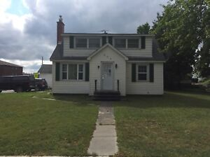 House for rent in Espanola