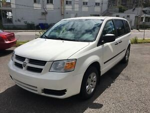 2010 DODGE GRAND CARAVAN *EXTREMELY WELL MAINTAINED* SAFETY INCL