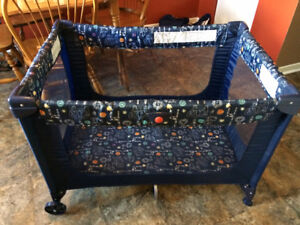 Playpen-Great Condition-Folds, Mesh Sides $45