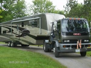 2005 40' Mountainaire Fifth Wheel