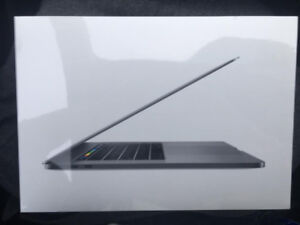 NEUF  NEW  Macbook PRO 15 TOUCH BAR  2017 CORE i7 – 16GB RAM 512