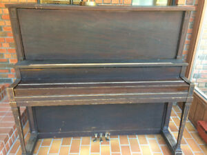 Upright piano to donate