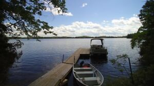 Island Retreat on Newboro Lake!