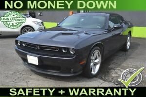 2016 Dodge Challenger R/T - Sunroof - Leather Seats