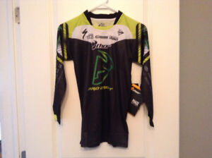New with tag Thor kidsjersey size M