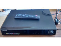 Samsung HT-Z310 Home Theater DVD Player with the remote control