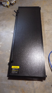 """Extang Tri-fold solid tonneau cover 5' 8"""""""