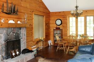 GRAND BEND COTTAGE - LOG HOME WITH DEEDED BEACH RIGHTS