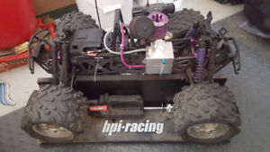 HPI SAVAGE XL with upgrades + Stand