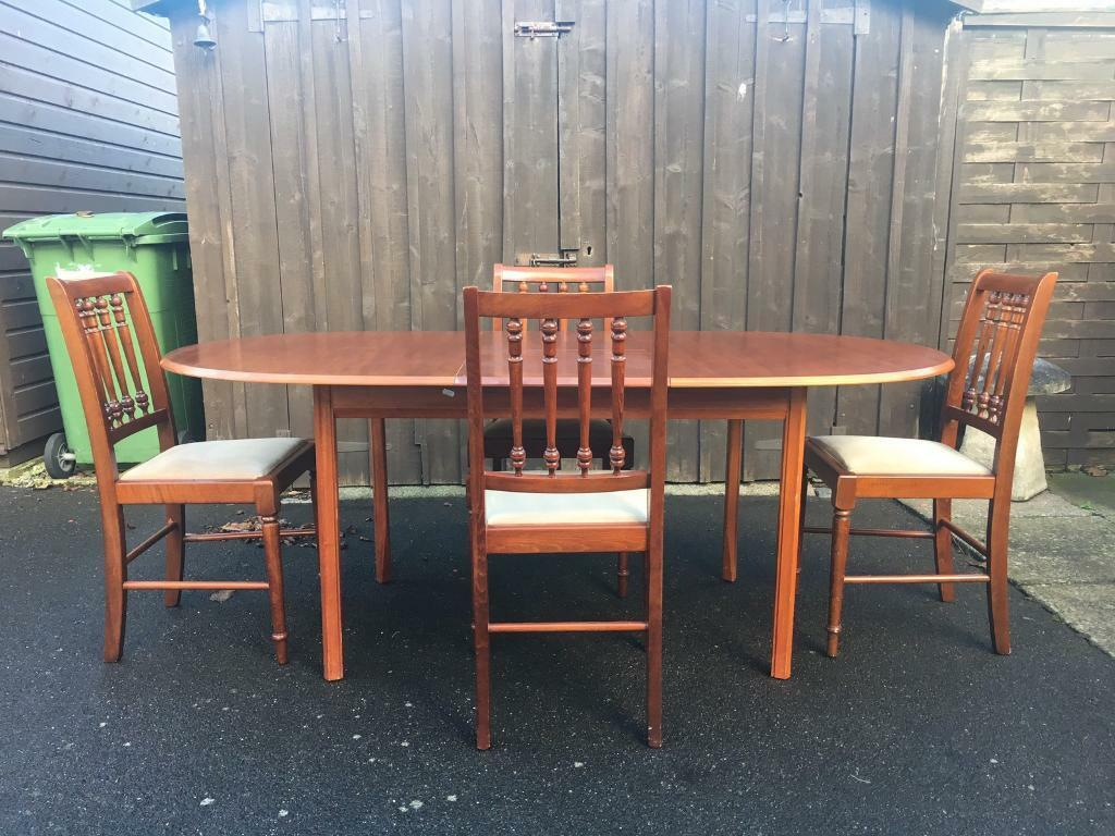 Mahogany Dining Table Chairs Can Deliver
