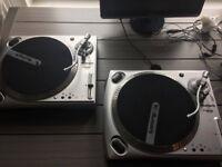 Numark TT1650 - Vinyl Turntables