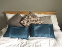 5 cushions grey and turquoise