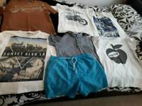 SIZE LARGE SELECTION OF MEN'S T-SHIRTS