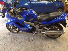 Kawasaki ZZR1200 Sports Tourer - £1990 ono