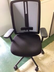 DAUPHIN DAT O - BLACK MESH CHAIRS IN BLACK - ADJ ARMS - FULLY LOADED HI QUALITY MESH CHAIRS