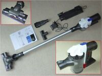 Dyson DC44 Cordless vacuum cleaner – with V2 motor. Excellent condition / working order