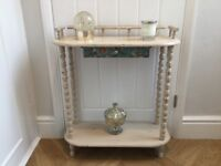 Hallway shelf unit upcycled in butterscotch chalk paint