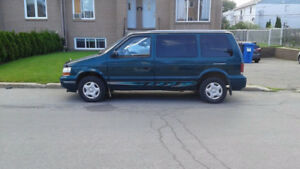 1995 Plymouth Voyager Fourgonnette, fourgon