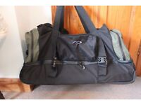 Suitcase / Holdall